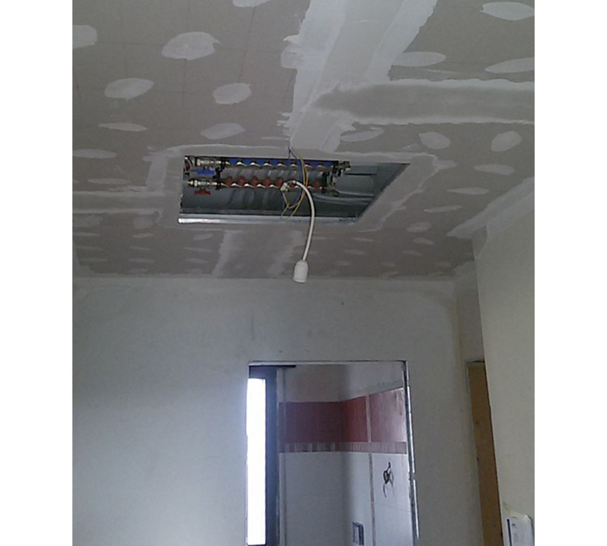 Dry 32 a soffitto